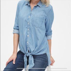 Gap Maternity Jean Button Large